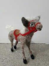 dorothyanne-brown-peter-the-pony-felted_32520300544_o